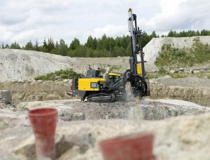SmartRoc drill rig