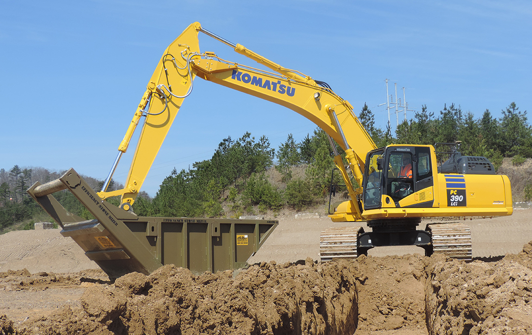 Komatsu launches new 3D semi-automatic excavator - Equipment
