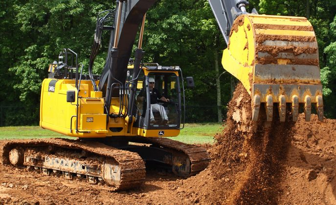 345G john deere excavator reduced tail swing