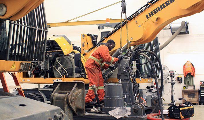 LIebherr excavator reman